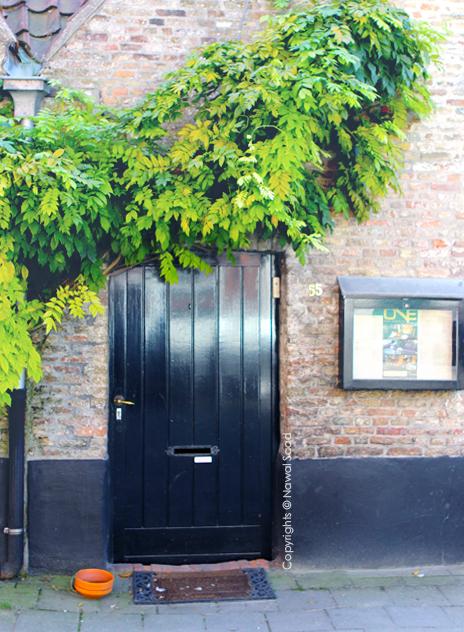 Door27